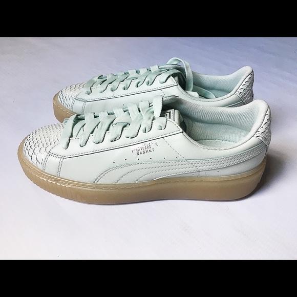 23d467e1203 Price DRop!!!! Puma Basket Platform Tennis Shoes